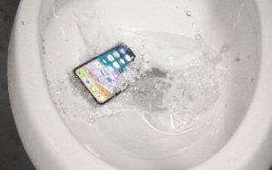 se puede arreglar iphone mojado